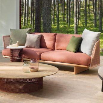 Tuinmeubelen, buitenmeubelen en parasols. Alleen luxe merken, exclusief design. Kettal